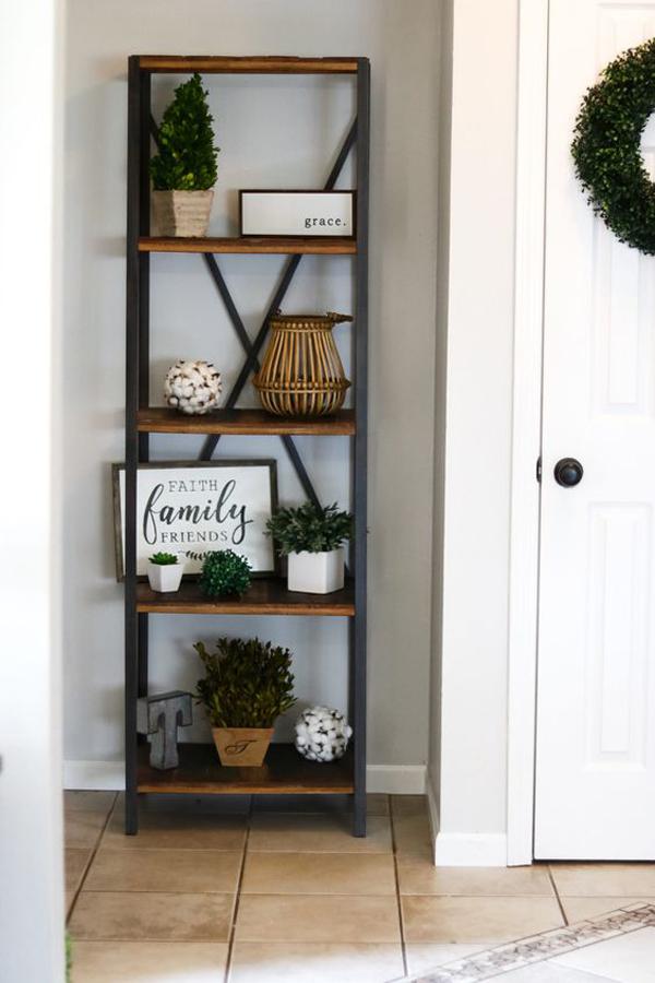 Farmehouse-decor-with-styling-ladder-shelf