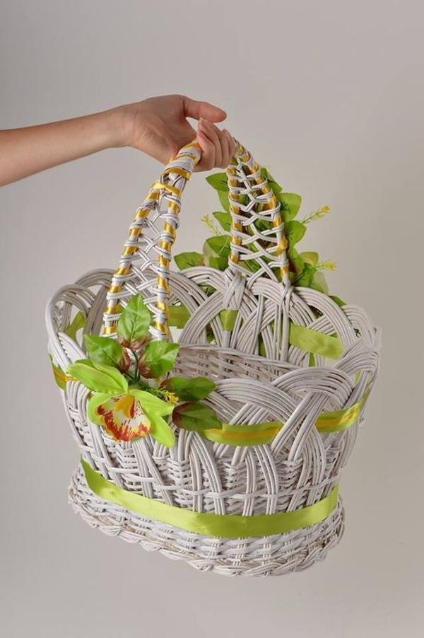 Flower-basket-hand-wicker