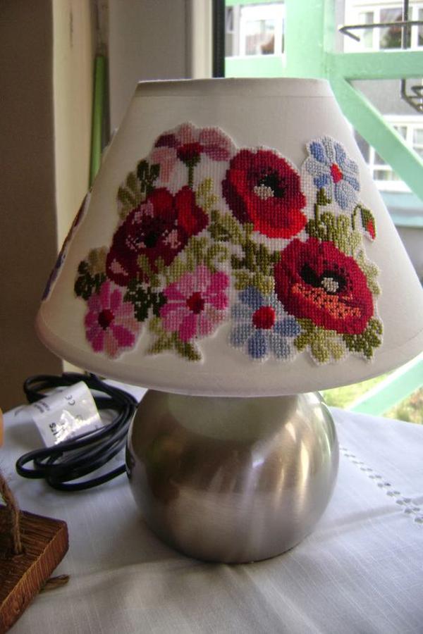 Lamp-shade-flower-knitting
