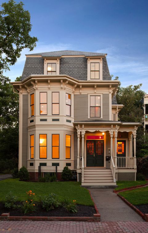 Round-Victorian-style-house