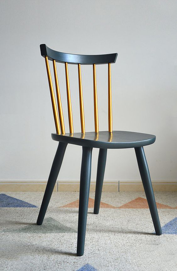 Simple-wooden-chair