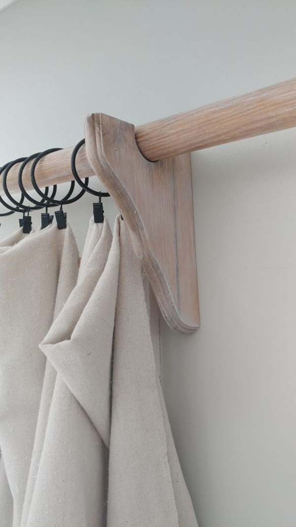 Simple-wooden-curtain-rod