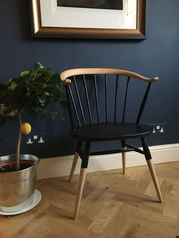 The-black-wooden-chair
