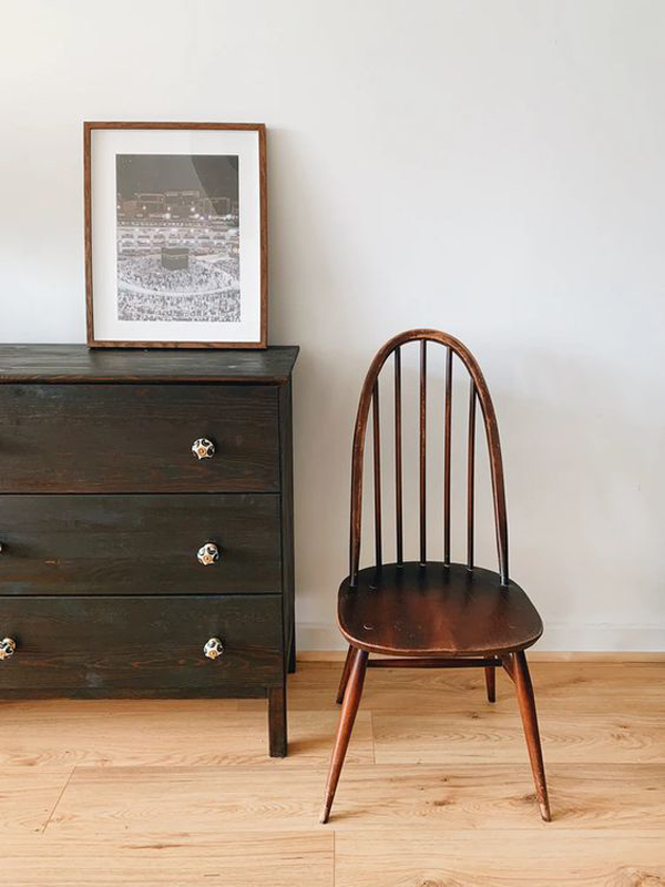The-brown-wooden-chair