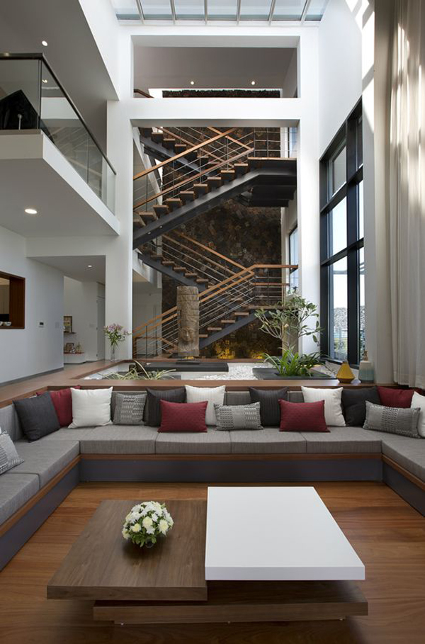 The-long-house-interior-design