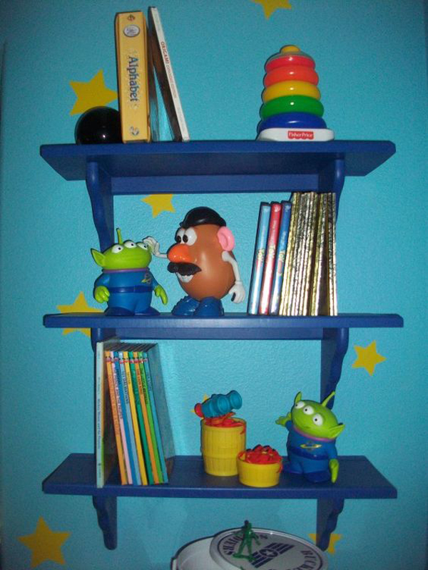 Toy-Story-bookcase