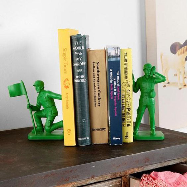 Toy-soldier-book-ends