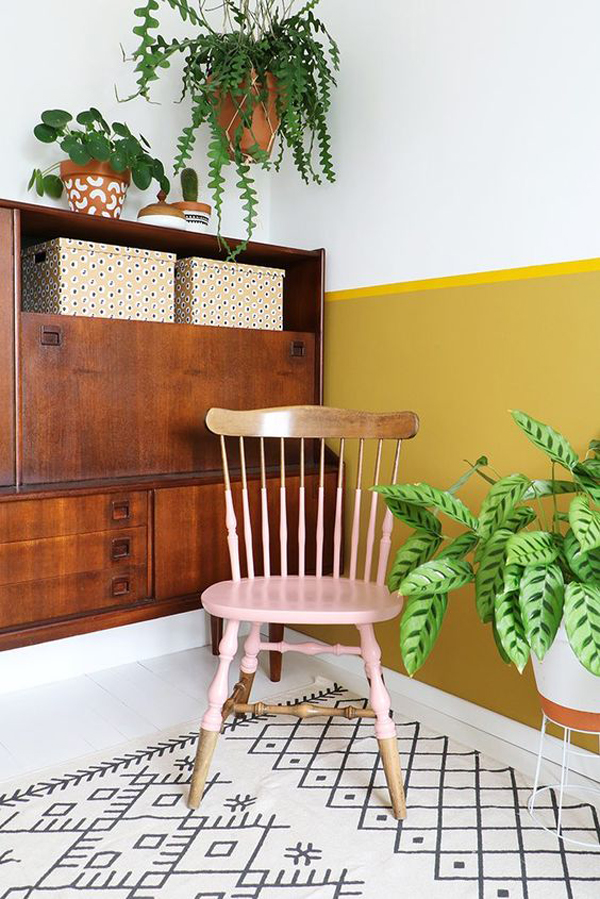 Vintage-wooden-chair-for-your-attic