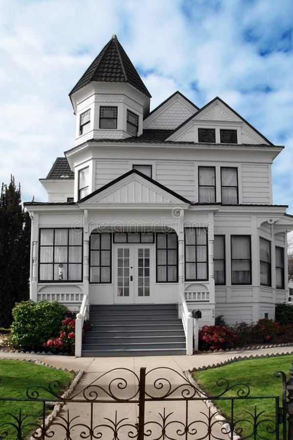 White-Victorian-style-house