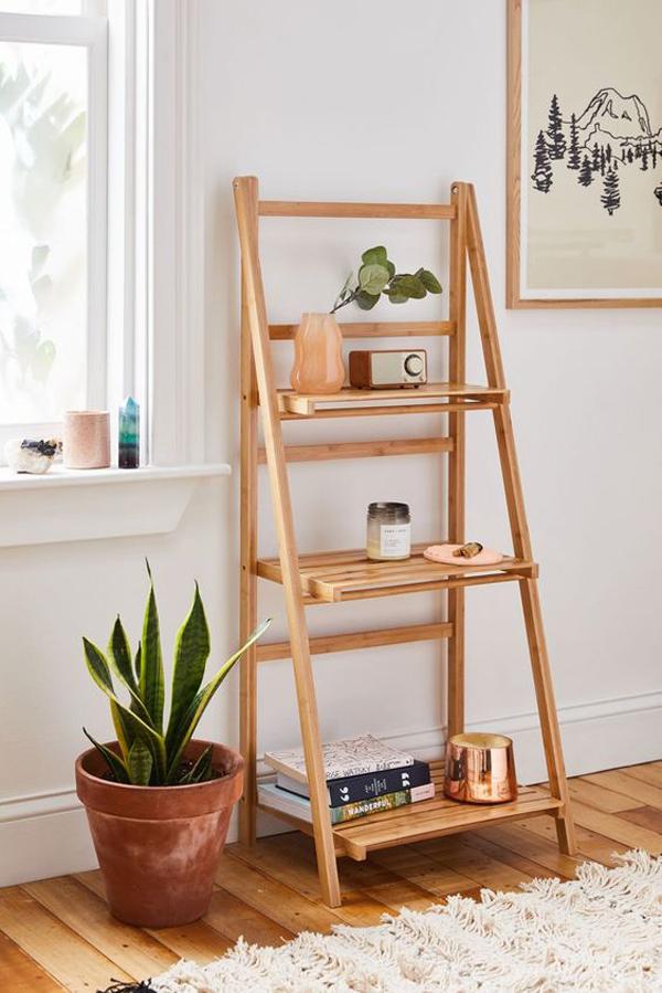 Wooden-ladder-shelf