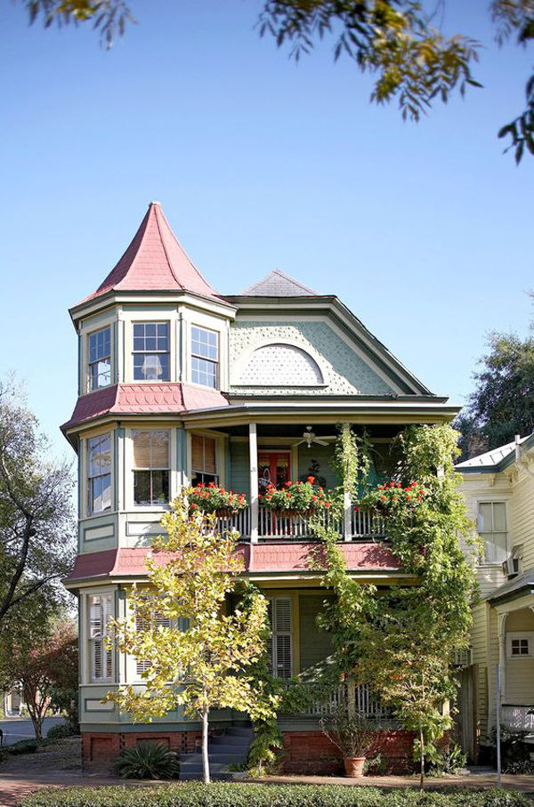 old-Victorian-style-house