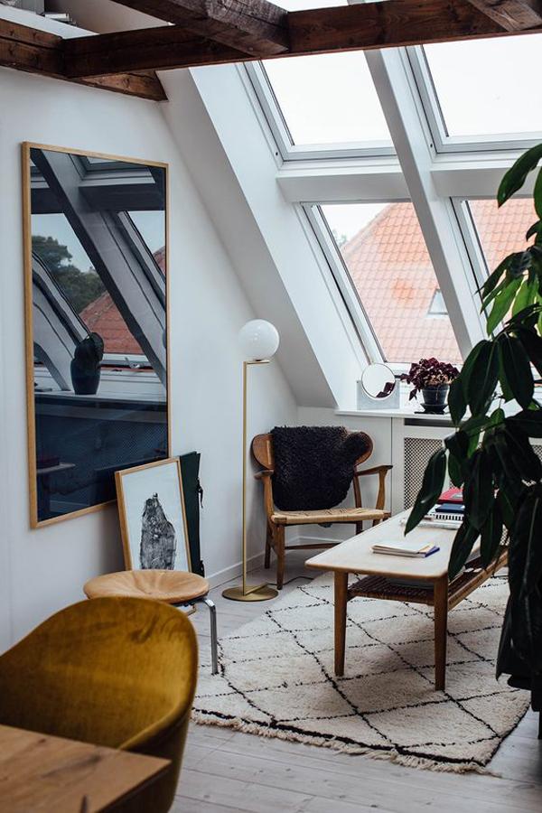 Attic-office-desk-makeover