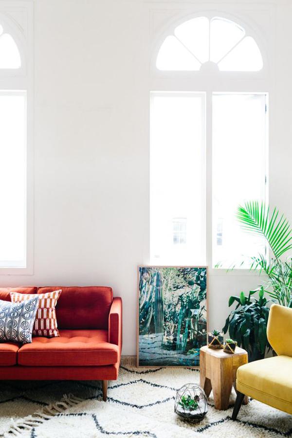 Australia's-red-settee-design