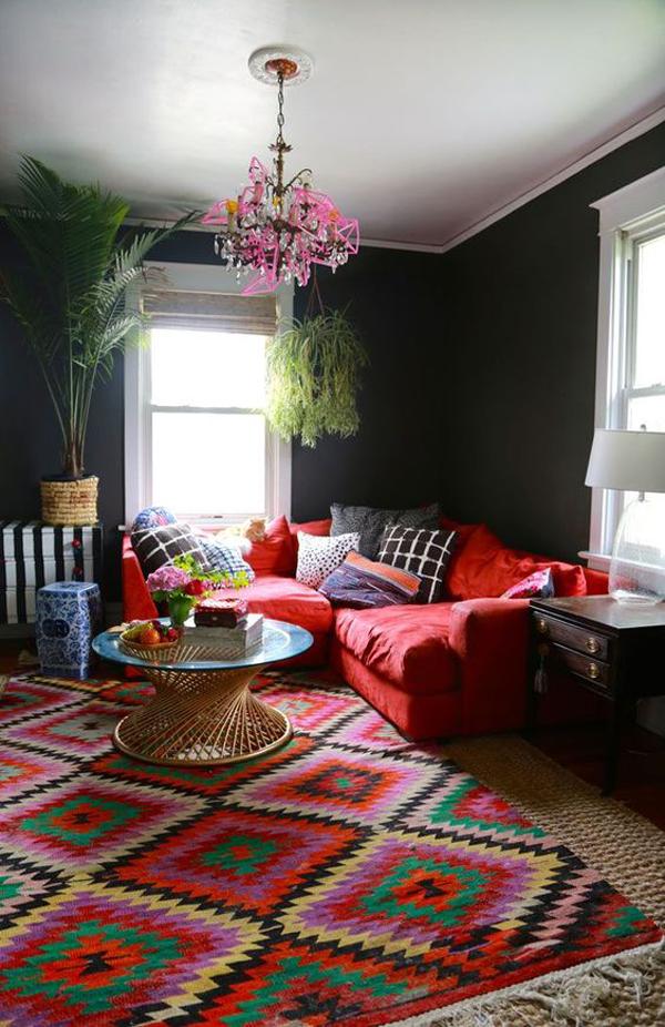 Black-and-rainbow-living-room-paint