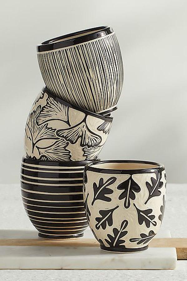 Black-ceramic-mugs