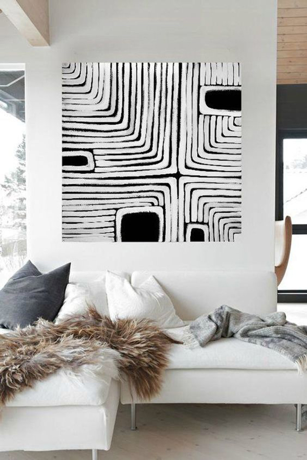 Canvas-art-with-black-and-white-design