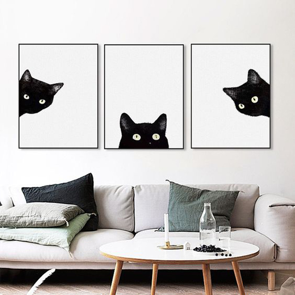 Canvas-art-with-black-cats-head