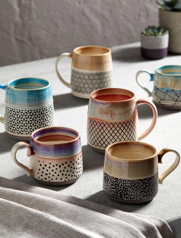 Ceramic-mugs-with-beautiful-motif