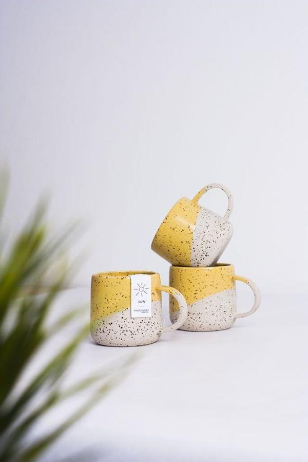 Ceramic-mugs-with-sun's-theme