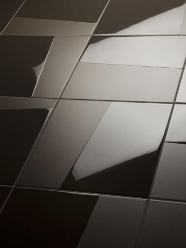 Dark-black-flooring-decoration