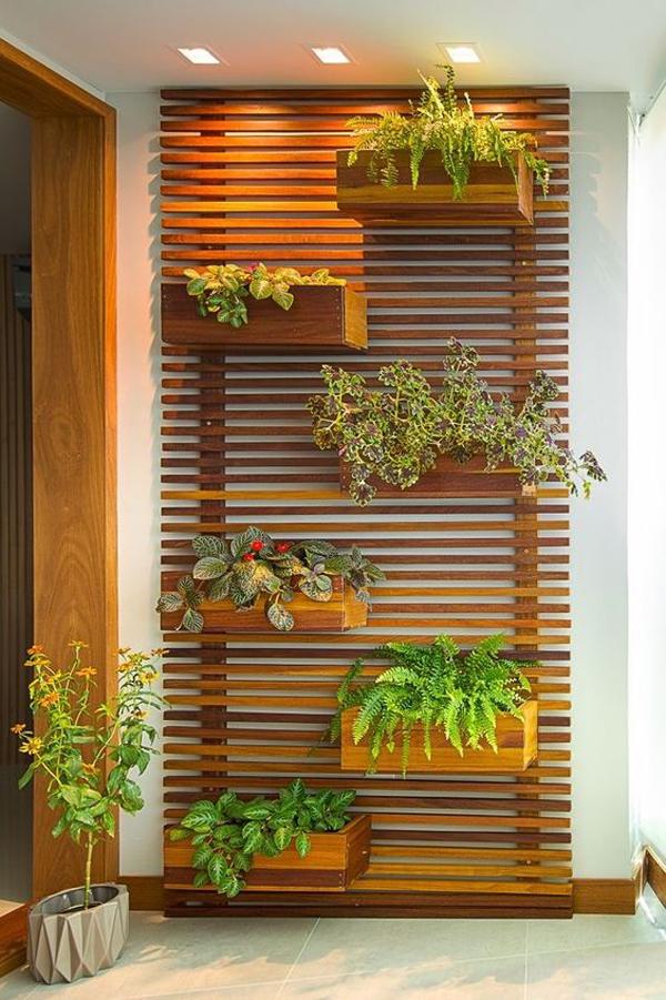 Large-balcony-vertical-garden-size
