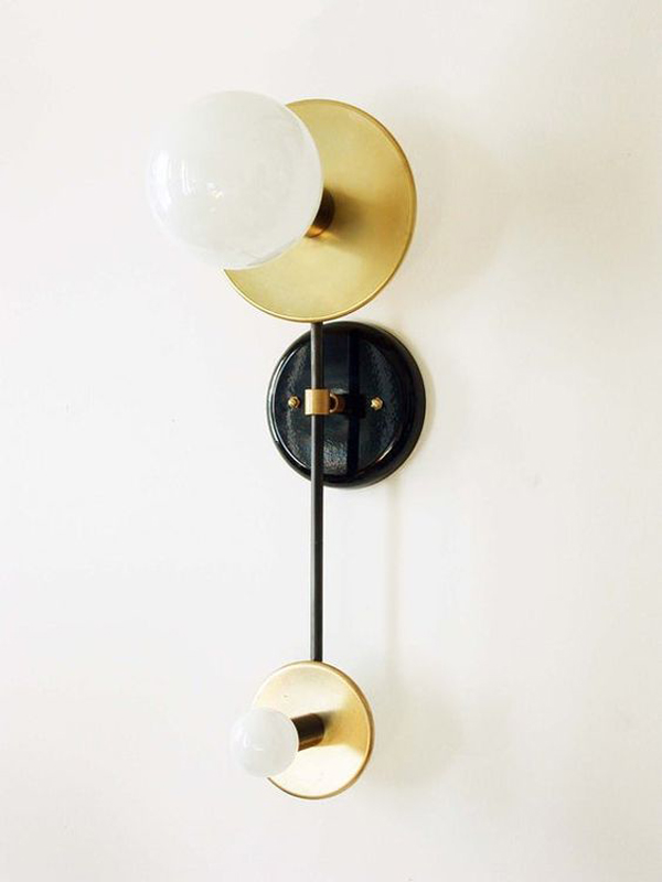 Lighting-ideas-with-double-wall-brass-sconce