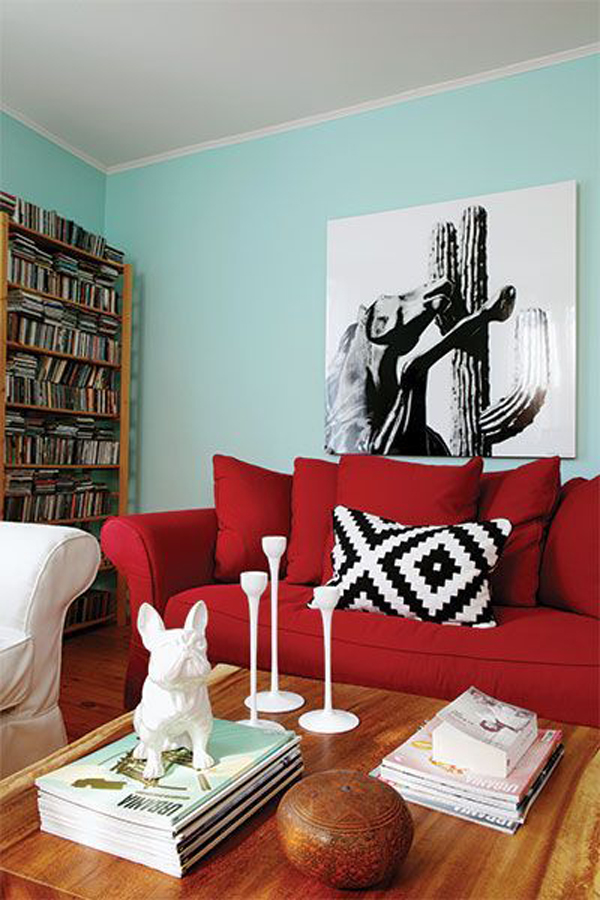 Modern-living-room-with-color-theme-combination