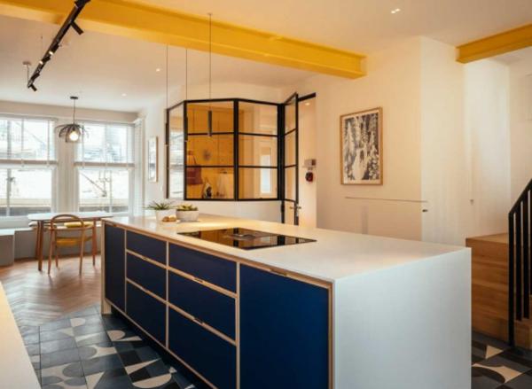 Blue-kitchen-cabinets