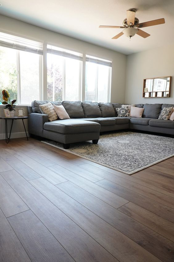 Wood-floor-decoration