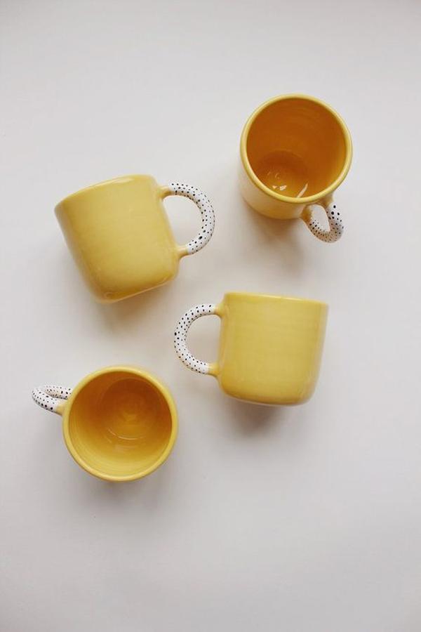 Yellow-ceramic-mugs
