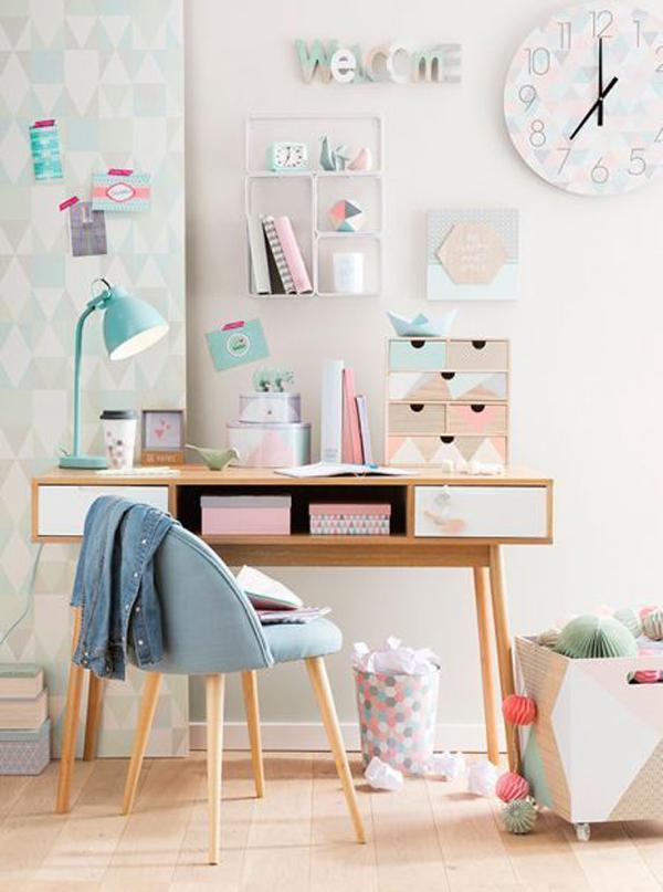 Girl's-study-desk