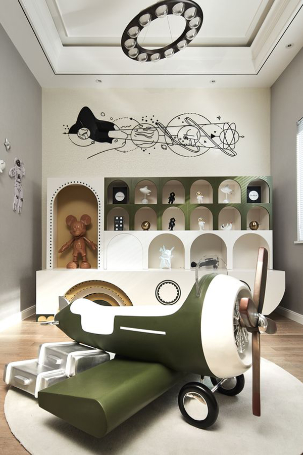 Kids-playroom-and-green-toy
