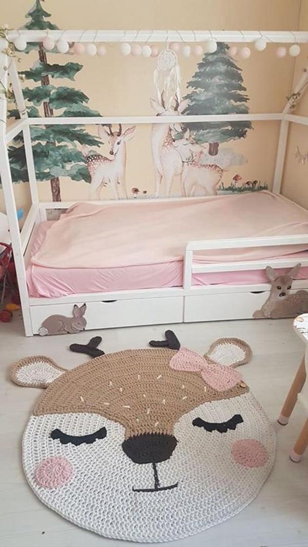 Kids-rug-deer-in-the-nursery-decor
