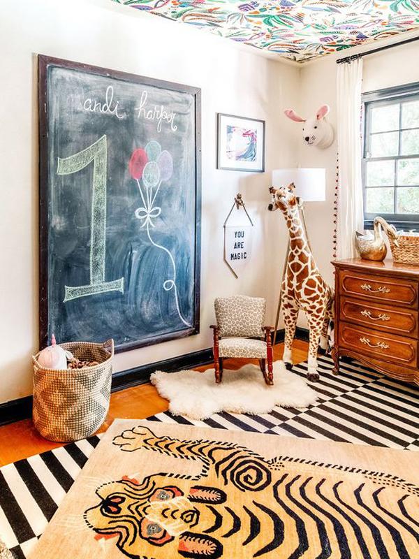 Nursery-with-animal-theme