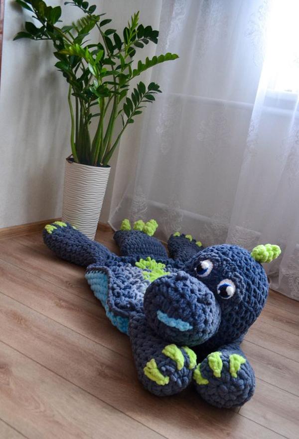 Rug-with-dinosaur-themed