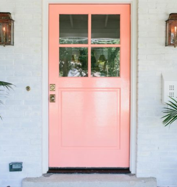 Pink-door-with-old-style