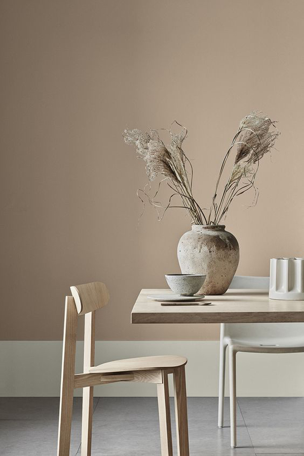 Vintage-dining-table-styling