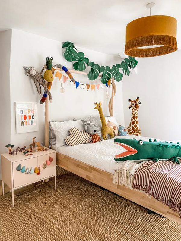 Animal-safari-theme-for-your-bedroom