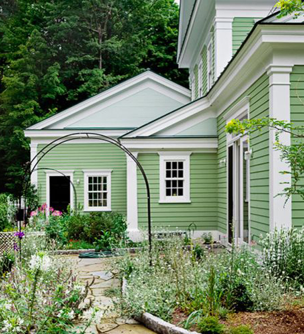 Green-and-white-color-for-your-exterior-house-design