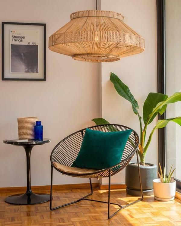 Handwoven-rattan-hanging-lamp