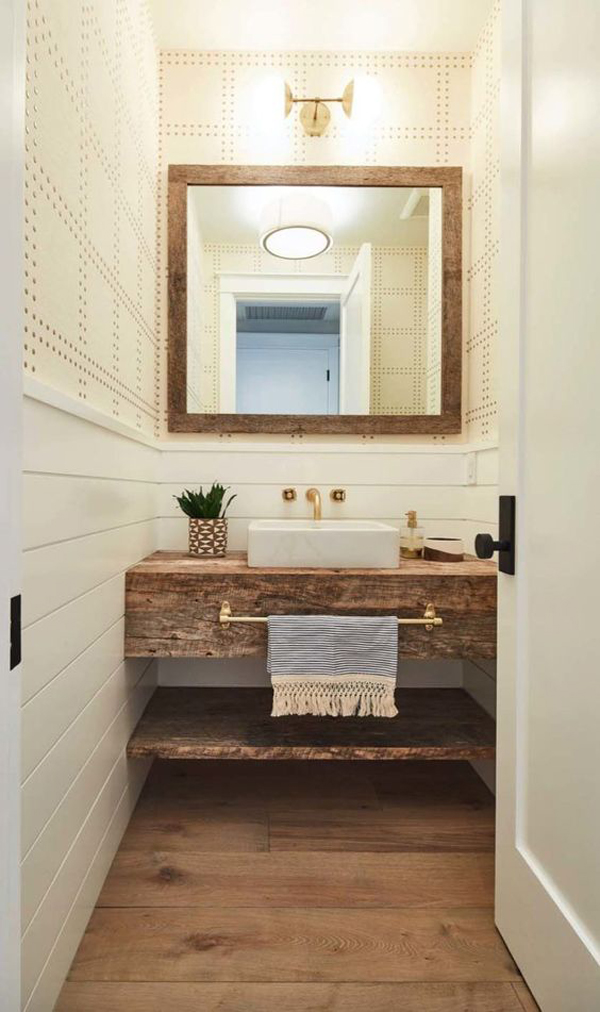 Powder-room-with-framhouse-style