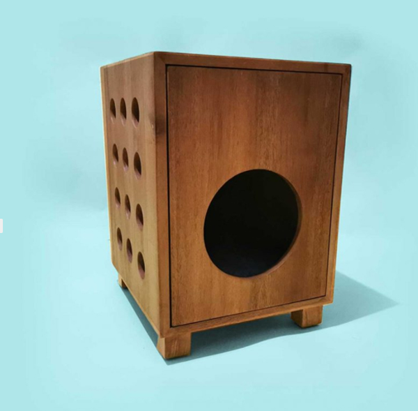 Box-with-air-holes