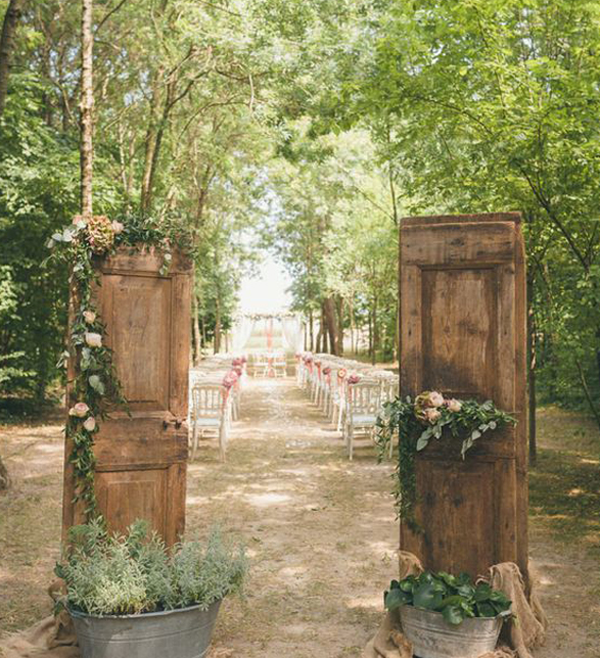 Jungle-theme-for-your-wedding-party