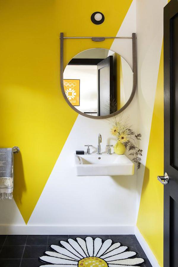 Amazing-yellow-bathroom-and-mini-yellow-vase