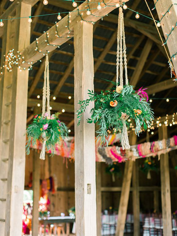 Beautiful-hanging-floral-for-your-wedding