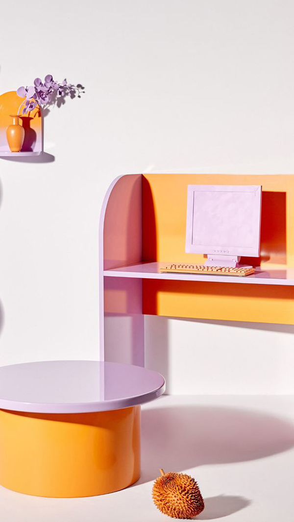 Beautiful-study-desk-with-lilac-accents