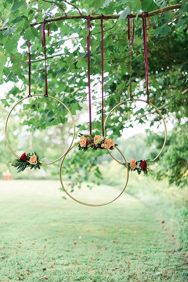 Hanging-wedding-decoration-with-beautiful-hoops