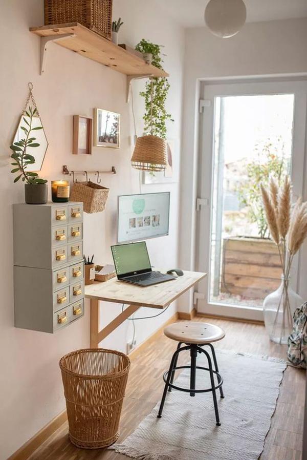 Home-office-desk-decoration