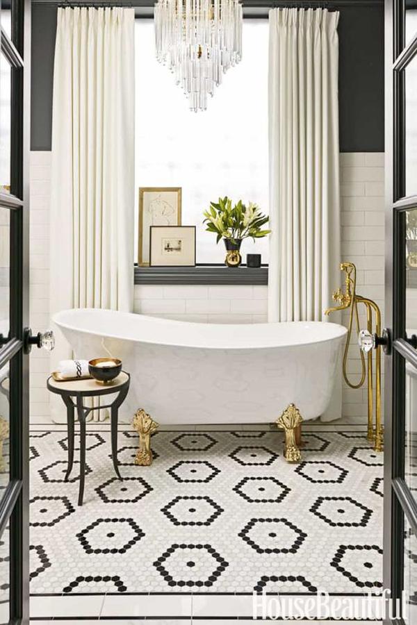 Luxurious-black-white-and-golden-bathroom-design