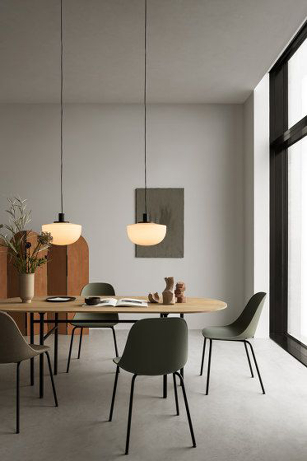Modern-dining-room-with-new-furniture-model